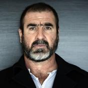 Cantona réplique et ironise sur Deschamps