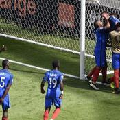 Le doublé de Griezmann qui soulage les Bleus (vidéo)