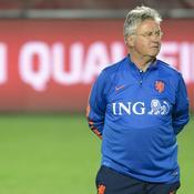 Guus Hiddink joue sa peau face à la Lettonie