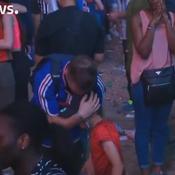 L'image touchante d'un jeune Portugais qui console un supporter français