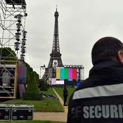 La fan zone de la tour Eiffel sous protection maximale