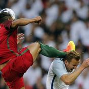 Le geste de kung-fu d'Alves sur Kane