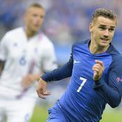 Les notes des Bleus : Giroud et Griezmann s'enflamment, Evra s'éteint