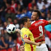 Roumanie et Suisse dos à dos