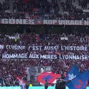 Après le dérapage misogyne, les fans lyonnais célèbrent les «mères lyonnaises»