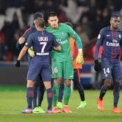 Après sa boulette, les Parisiens volent au secours d'Areola