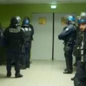 Crise à Saint-Etienne : l'entrée du vestiaire protégée par des CRS