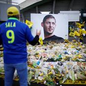 Disparition d'Emiliano Sala : un an plus tard, de l'émotion et un litige