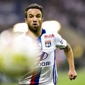 «Horrifié», l'Olympique Lyonnais dément les rumeurs sur la mort de Mathieu Valbuena