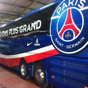 Le bus du Paris SG caillassé en arrivant au Vélodrome