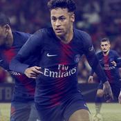Le PSG dévoile son nouveau maillot avec Neymar