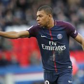 A dix contre onze, Paris souffre mais s'en sort contre Angers