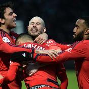 Lyon frappe fort à Angers et se rapproche du podium