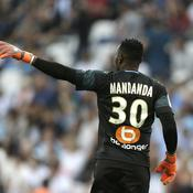 Steve Mandanda - AP Photo-Claude Paris