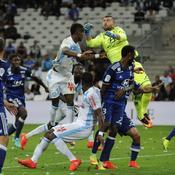Marseille et Lyon piétinent au Vélodrome