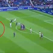Neymar inscrit un coup-franc magnifique face à Bordeaux... et transforme un penalty