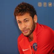 Neymar - AFP PHOTO / KARIM JAAFAR