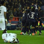 En une mi-temps, le PSG punit des Rennais amorphes et égale son record de points