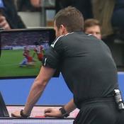 Sondage - Pour ou contre l'arbitrage vidéo dans le football?
