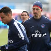 Excédé par Ibrahimovic, Van der Wiel a quitté Troyes dès la mi-temps