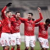 Brest rejoint Metz en tête du classement