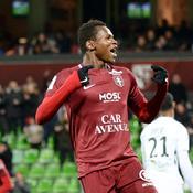 Metz met un pied en Ligue 1, Brest un orteil