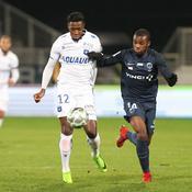 Frustré par Auxerre, le Paris FC reste sur la troisième marche
