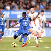Lorient perd deux points à Niort dans la course aux barrages