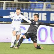 Ligue 2 : Auteur d'un nul à Auxerre, Nîmes reste sur le podium