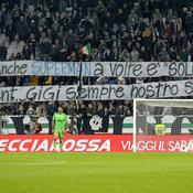 Les tifosi de la Juve soutiennent leur capitaine