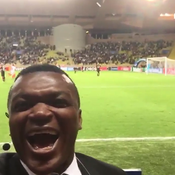 Desailly analyse le match de Monaco ... et filme le but en direct