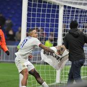 «Ils nous ont craché dessus» : l'après-match surréaliste des Lyonnais