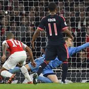 L'arrêt incroyable de Neuer face à Arsenal