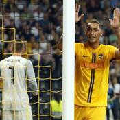 Ligue des champions : l'Ajax tranquille, Hoarau envoie Berne en poules