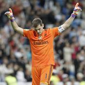 Iker Casillas (725m, Real Madrid, 1999-2015)