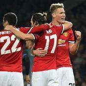 Man United se rapproche, la Juve accrochée, Chelsea étrillé à Rome