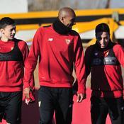 Clément Lenglet, Steven N'Zonzi et Samir Nasri (de gauche à droite), devraient être titulaire en Ligue des champions mercredi face à Leicester
