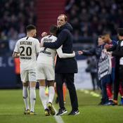 Kylian Mbappé dans les bras de Thomas Tuchel après Caen-PSG