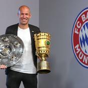 Roi des crochets, Arjen Robben raccroche