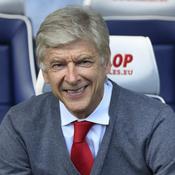 Le terrain «manque» à Wenger … qui entretient le suspense