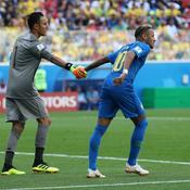Keylor Navas et Neymar Jr lors de la Copa America 2018