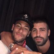 Piqué savait que Neymar allait partir au PSG quand il a twitté «Se queda»
