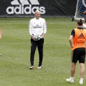 Zidane pousse Bale vers la sortie, l'agent du Gallois est furieux