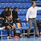 Manaudou débute sa carrière de handballeur... sur le banc des remplaçants