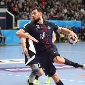 Le Paris SG ne lâche pas Barcelone