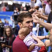 Natation - Phelps et son bébé