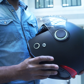 Kosmos Smart Helmets : la technologie au service de la sécurité des motards
