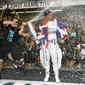 Lewis Hamilton 2014 champagne