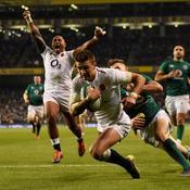 L'Angleterre frappe fort en dominant largement l'Irlande