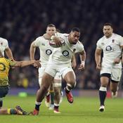 L'Angleterre poursuit son redressement face à l'Australie